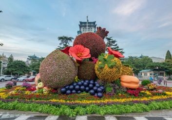 绿雕:节日气氛景观提升之根本