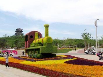 银川城市广场立体花坛